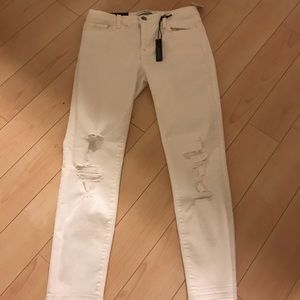 bbe3e12134d8c ... NWT JBrand cropped white ripped jeans ...